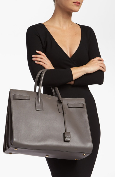 saint-laurent-earth-sac-de-jour-leather-tote-product-2-9639500-734096346_large_flex