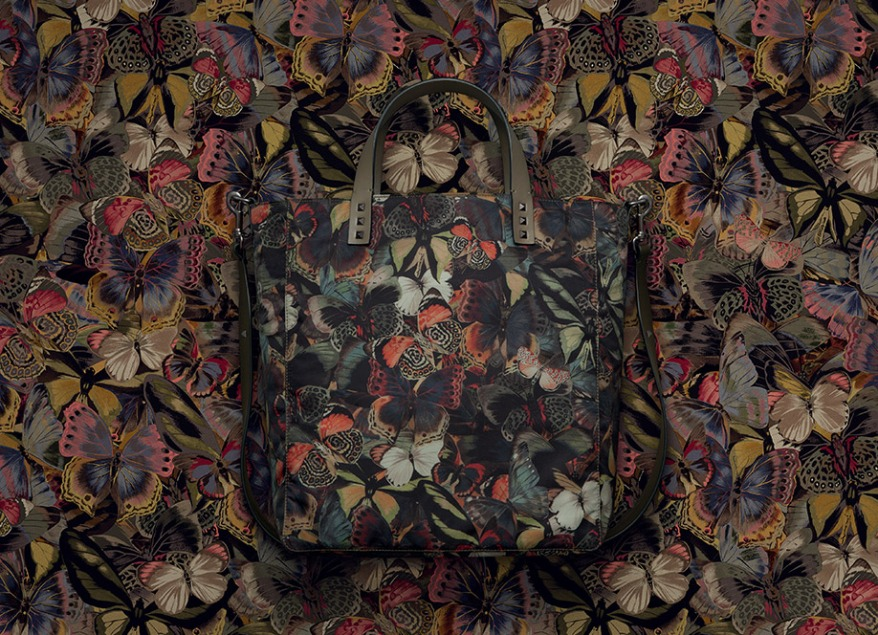 NYLON CAMUBUTTERFLY TOTE