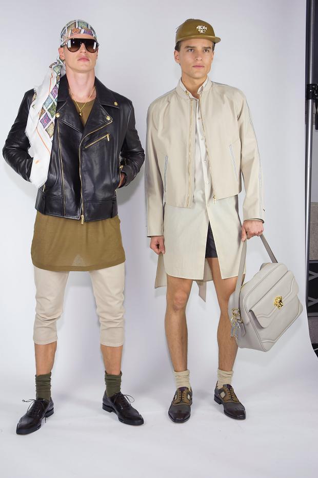 versace-mens-backstage-spring-summer-2016-mfw93
