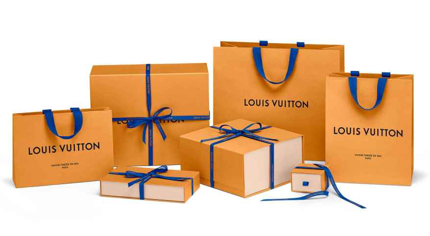 cr-louis-vuitton-malletier-famille_pack_ad-2000x1100