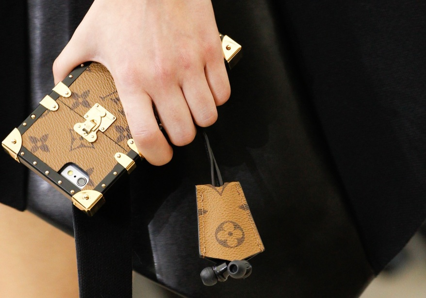 lv-iphone-cases-6