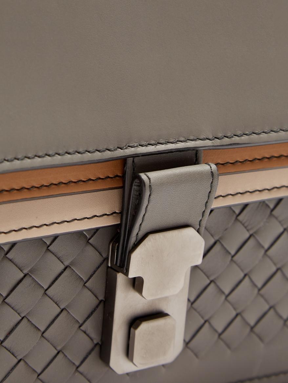 bottega-veneta-triple-flap-intrecciato-leather-document-holder-close-up